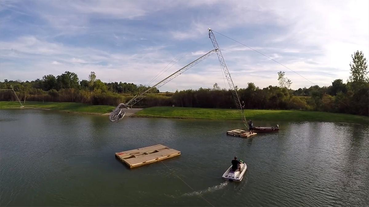 Budowa wyciągu do nart wodnych i wakeboardu 2