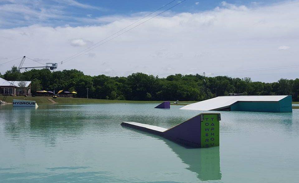 hydrous_lake_2